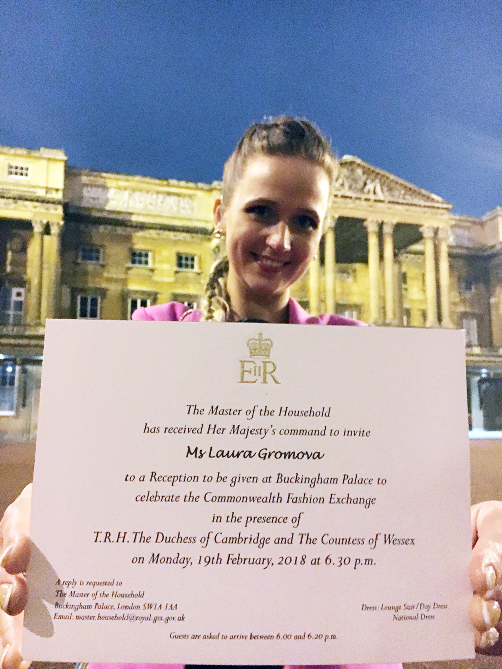 Laura and Her Majesty's invitation at the Buckingham Palace.